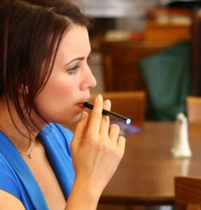 elektronines cigaretes